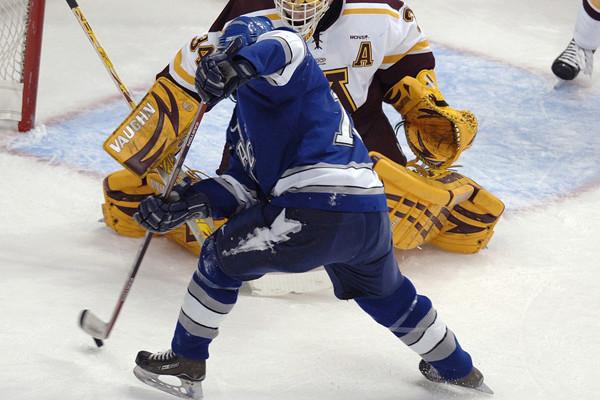 Hockey, nella notte c'è Colorado Avalanche-New Jersey Devilsa. Poi altri sport