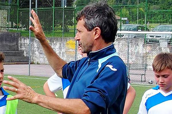 Maurizio Ganz Insegna Calcio (Foto Sportland Academy)