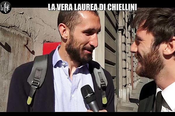 """Le Iene Show e """"L'Evoluzione di Giorgio Chiellini in 10 anni di falli""""..."""