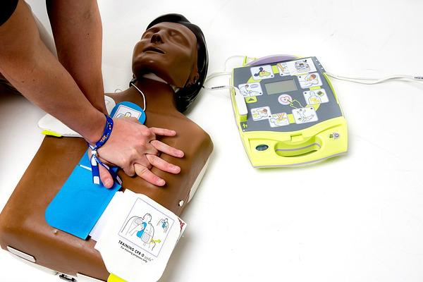 Defibrillatori, le nuove date dei corsi CSI per il progetto #cuoresportivo. I dettagli